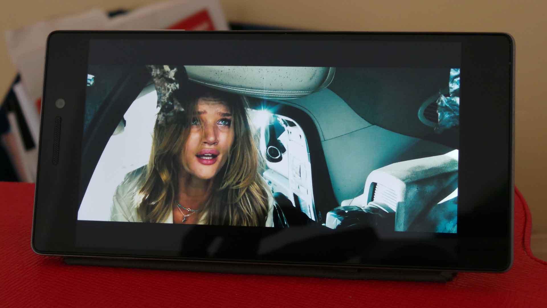 Lenovo Vibe X2 Telset 4glte 32gb Putih Kemunculan Sosok Membawa Atmosfer Yang Cukup Berbeda Memiliki Desain Revolusioner Dan Kekuatan Kinerja Melalui Prosesor Mediatek Octa Core