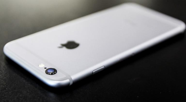 iPhone 6s Jatuh dari Pesawat Sambil Merekam, Begini Kondisinya