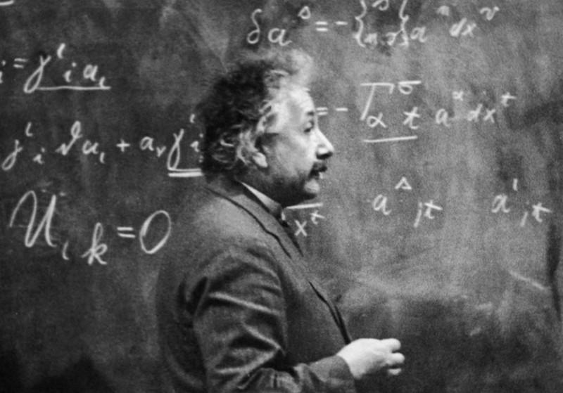Einstein.Kesalahan teori relativitas