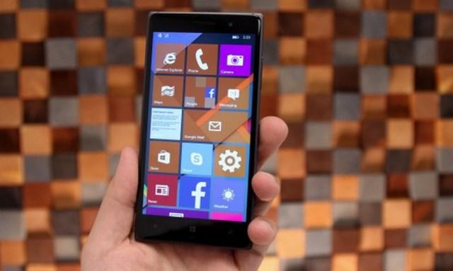 Microsoft Tunda Rilis Windows 10 Mobile untuk Lumia