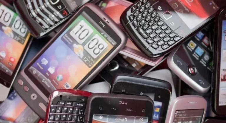 Dibuang Sayang! 5 Hal yang Bisa Dilakukan Ponsel Jadul