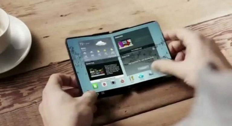 Samsung Percepat Pengembangan Ponsel Lipat