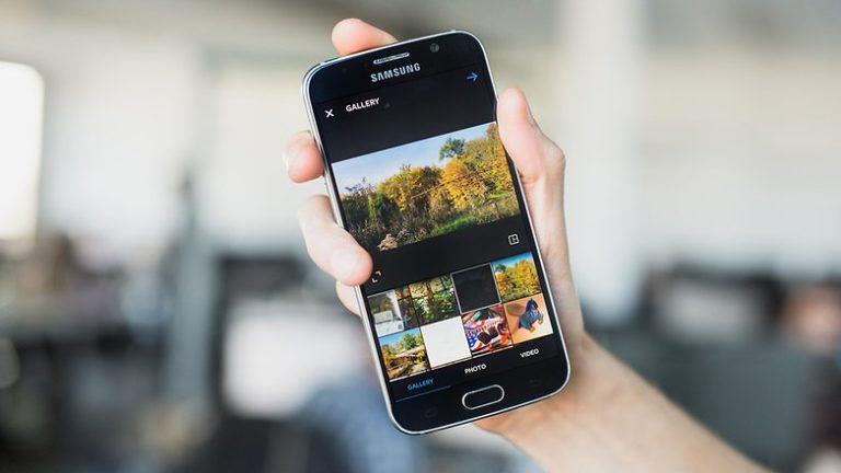 Instagram Persiapkan Fitur <i></noscript>Multi-Photo</i> di Update Terbaru
