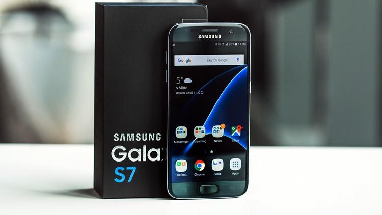 Produksi Galaxy S7