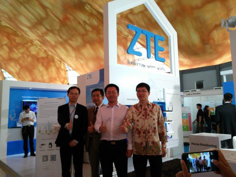 ZTE Pamer Teknologi di Ajang Bandung ICT Expo dan ANJA 2016