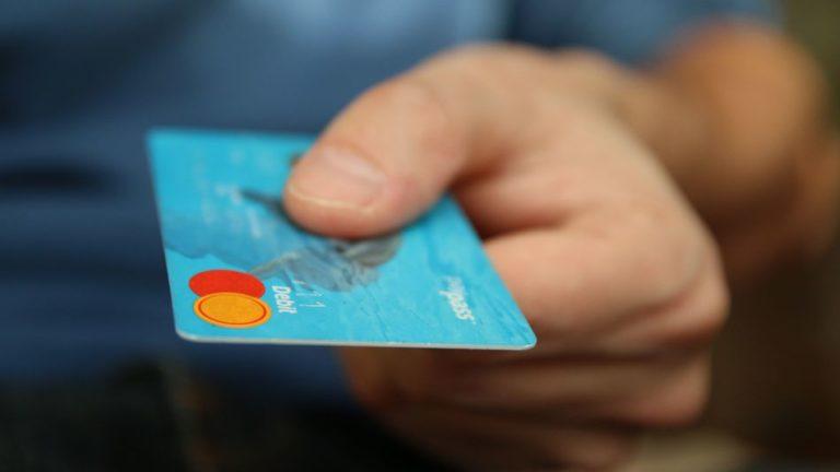 Gandeng Mastercard, Uber Bikin Kartu Debit Sendiri
