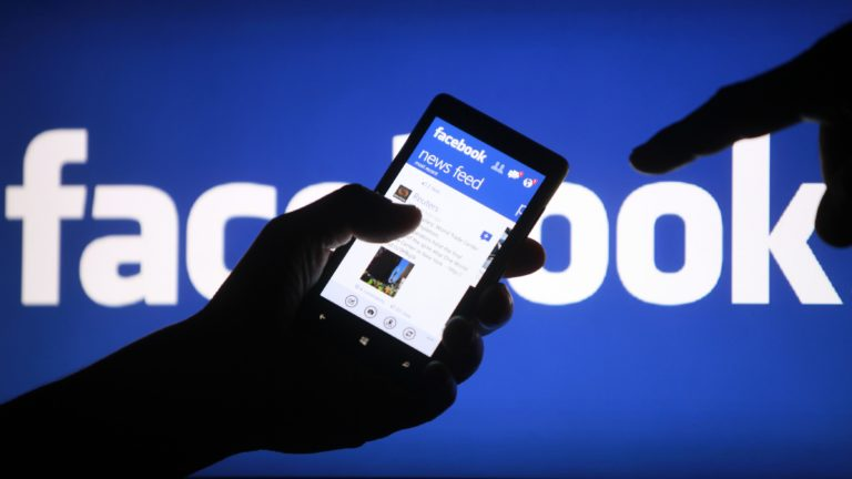 Mulai Oktober, Baca Berita di Facebook Harus Bayar