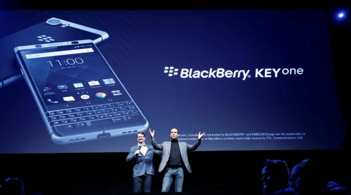 """BlackBerry Umumkan """"KEYone"""" di MWC 2017"""