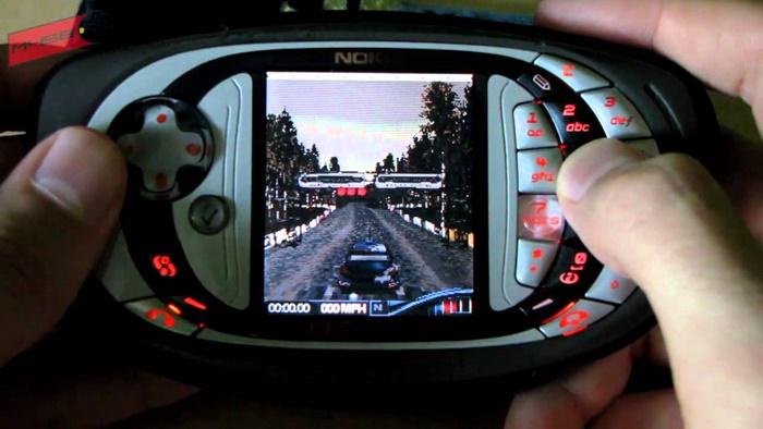 Gamer Ini Cetak Rekor Dunia dengan Nokia N-Gage