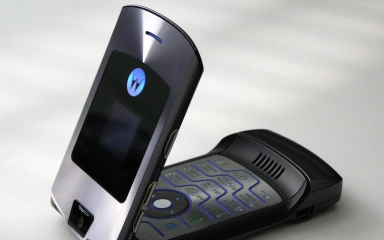 Lenovo Juga Siap Bangkitkan Seri Motorola RAZR?