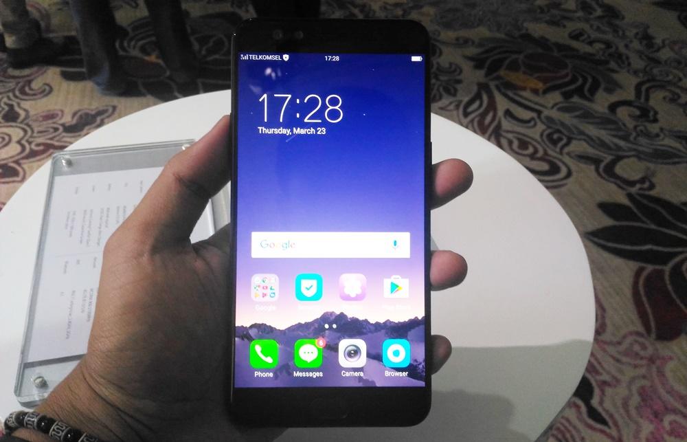 Hands On Oppo F3 Plus Black Edition Warna Hitam Lebih Mantap Page