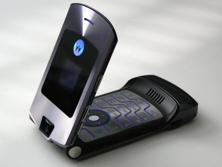 """5 Ponsel Ikonik yang Layak """"Lahir Kembali"""" di Era Milenial"""