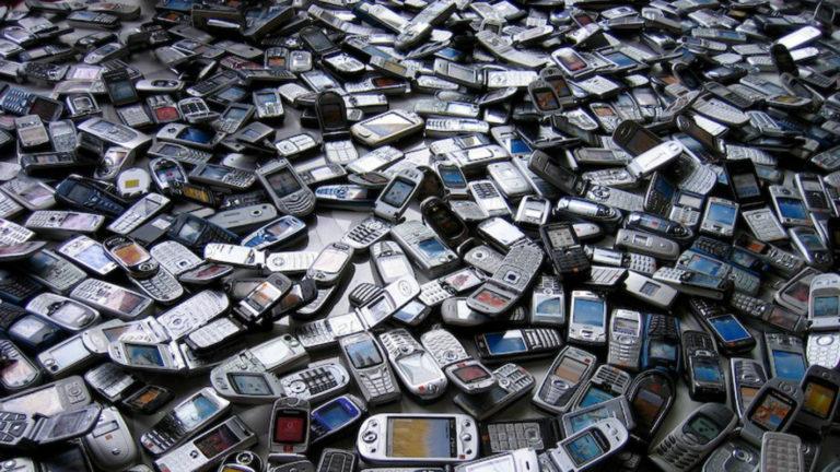 Begini Cara Membedakan Ponsel Resmi dan Ilegal