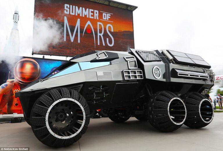 """NASA Pamer Mobil untuk Planet Mars, Mirip """"Batmobile"""""""