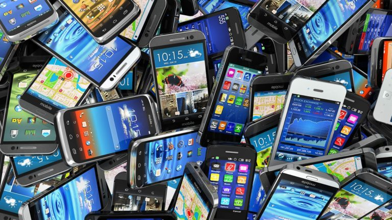5 Smartphone yang Patut di Tunggu Pada 2018