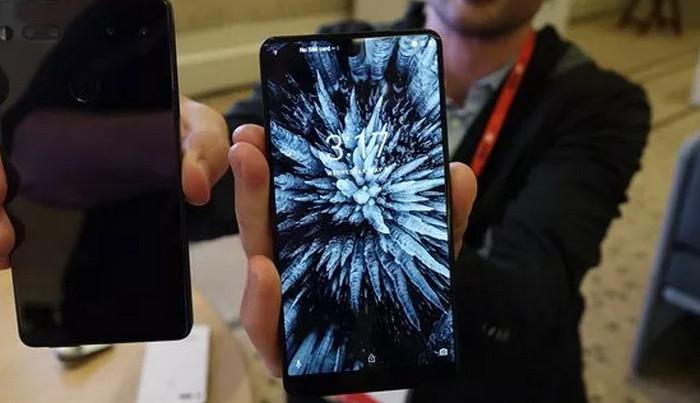 Smartphone Buatan Bapak Android Terjual 50 Ribu Unit
