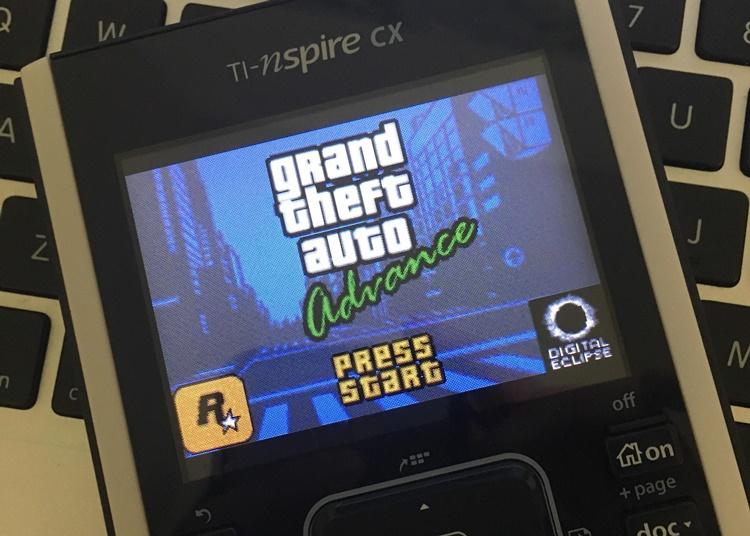 kalkulator grafik TI-Nspire CX