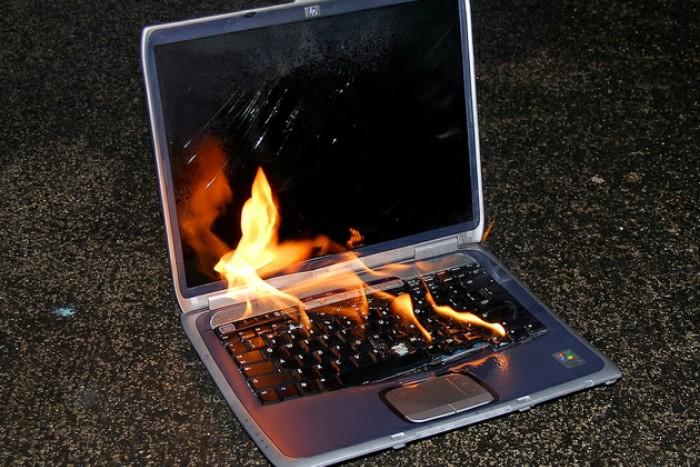 Penyebab Laptop Tidak Bisa Dipakai Main Game