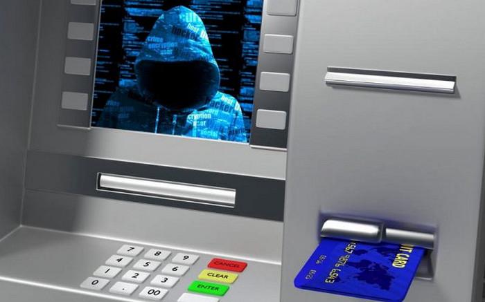 """Malware Ini Bisa Bikin ATM """"Muntahkan"""" Uang"""
