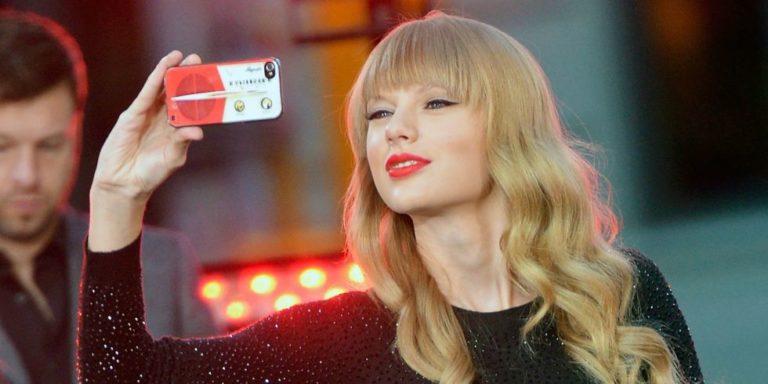 "Taylor Swift Bikin Socmed Sendiri ""The Swift Life"""