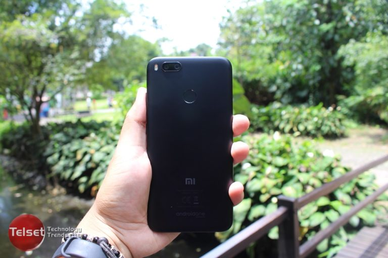 Ini Penyebab Ponsel Xiaomi Warna Hitam Langka