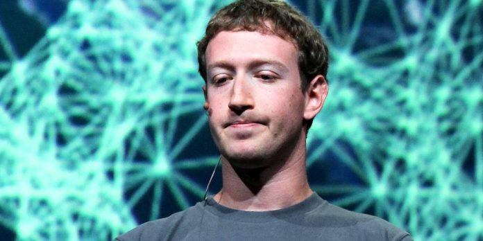 Mark Zuckerberg minta maaf