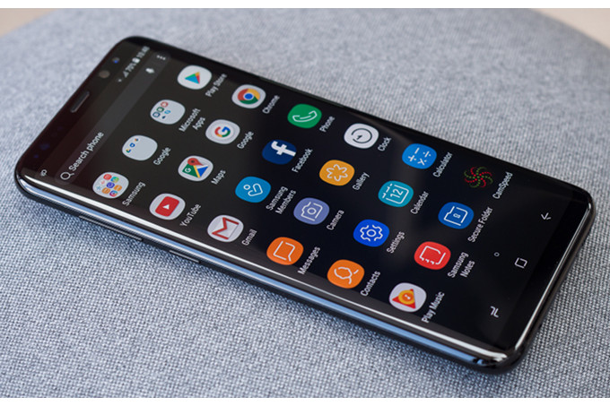 Samsung Galaxy S10 Pertahankan Infinity Display?