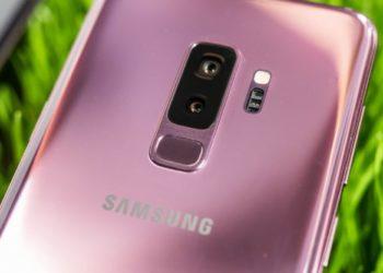 Smartphone dengan Kamera Terbaik