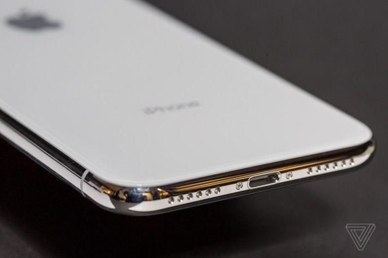Apple Patenkan Kabel Data iPhone Tahan Air