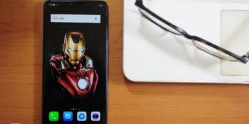 Review Oppo F7