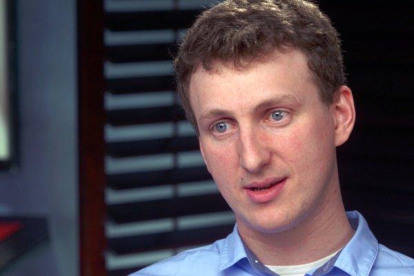 Profesor yang Bocorkan Data Facebook Akhirnya Minta Maaf