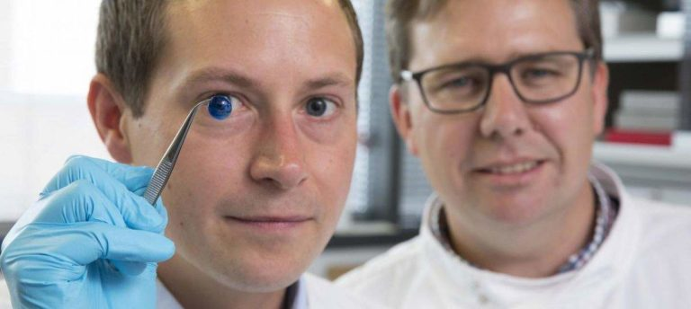 Ilmuwan Ciptakan Kornea Mata Pakai Printer 3D