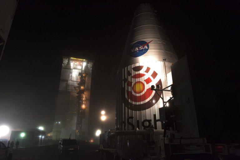 Jadi Sejarah, NASA Sukses Luncurkan Roket InSight ke Mars
