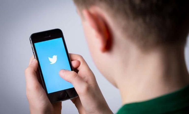 Twitter Blokir Pengguna di Bawah Umur