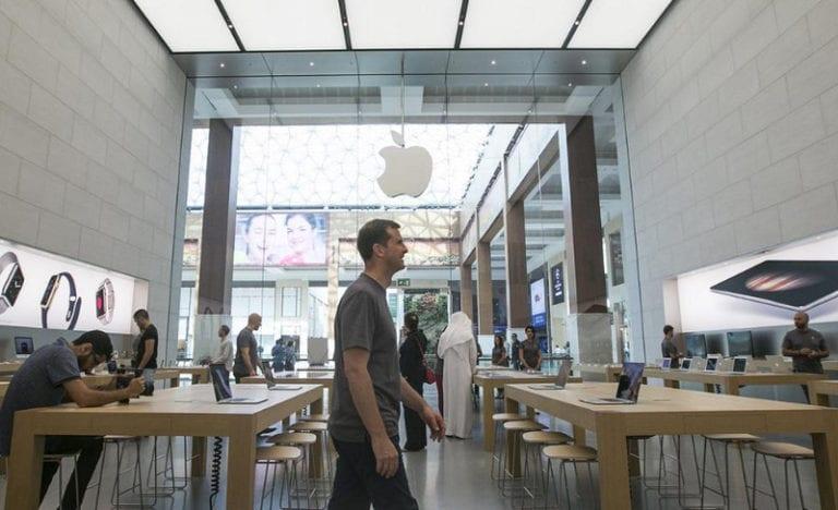 Apple Wajibkan Karyawan Banyak Berdiri, Kenapa?