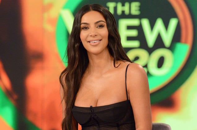 Kim Kardashian Minta CEO Twitter Pasang Tombol Edit