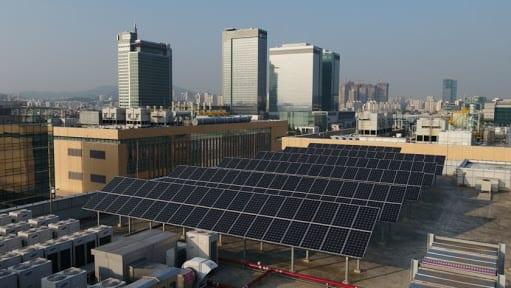 Salut! Kantor dan Pabrik Samsung Pakai Energi Terbarukan