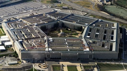 "Pentagon Bikin ""Daftar Haram"" Software Buatan Rusia dan China"