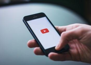 cari video di YouTube