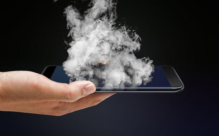 Lagi, iPhone Meledak dan Melukai Pengguna