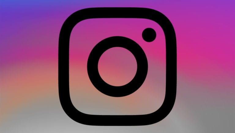 Instagram Uji Permintaan Verifikasi Akun untuk iOS