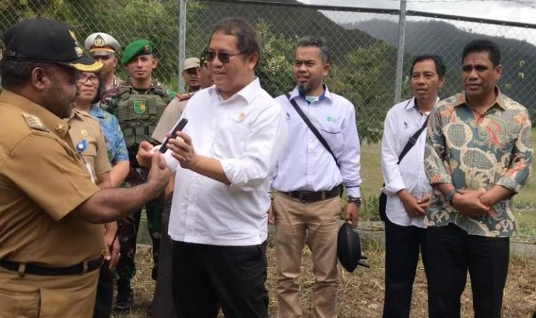 Tahun 2020, Menkominfo Janji Semua Desa di Puncak Jaya Ada BTS