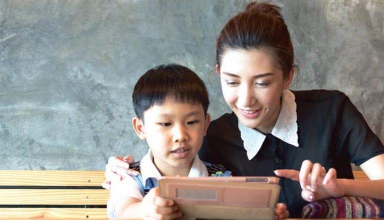 Cara Efektif Bimbing Anak Belajar di Era Digital