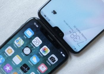 Jualan smartphone berponi