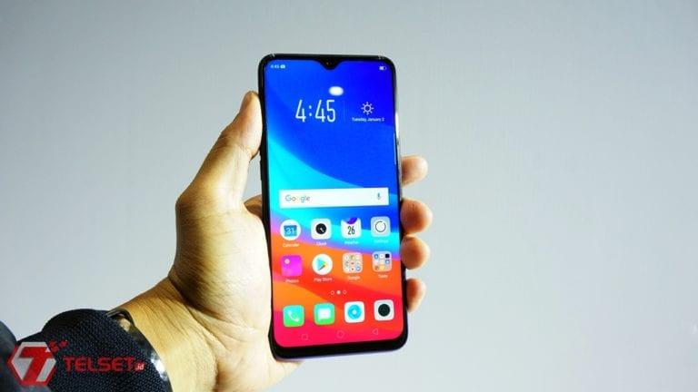 "Hands-on Oppo F9, ""Pengaruh Baru"" Smartphone Berponi"