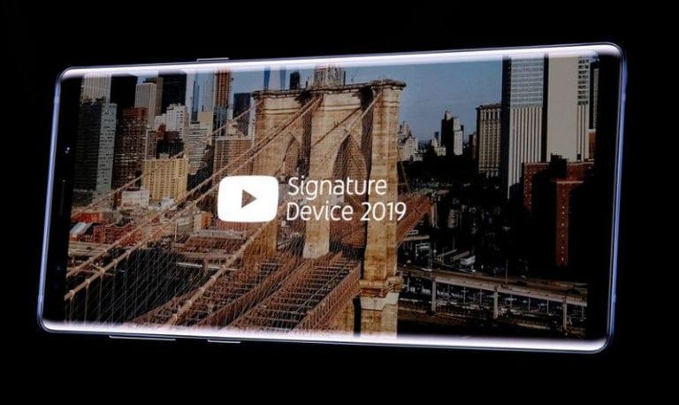 """Aneh, iPhone """"Hilang"""" dari Daftar YouTube Signature Device"""