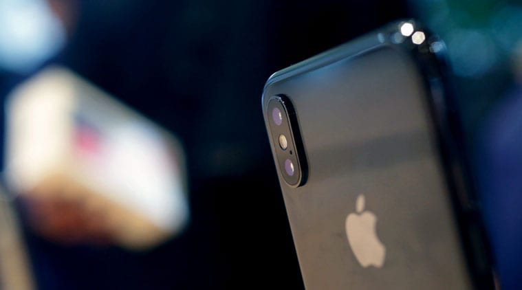 Apple Duetkan Touch ID dan Face ID di iPhone Terbaru?