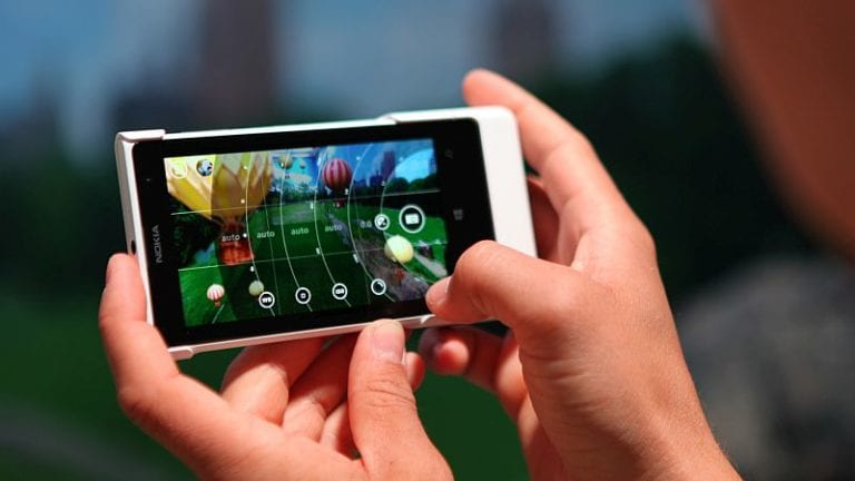 Kamera Ponsel Nokia Bakal Mirip iPhone