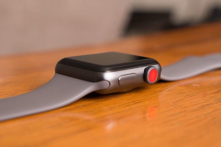 Apple Watch Pimpin Pasar Jam Tangan Pintar