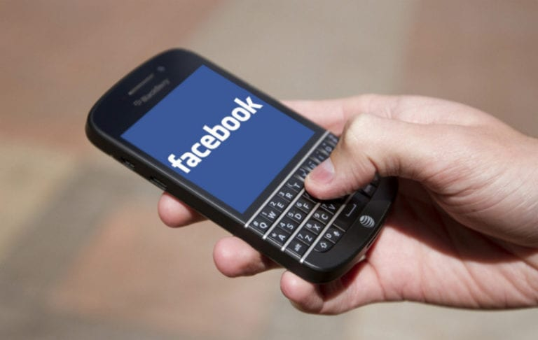Balas Dendam, Giliran Facebook Gugat BlackBerry